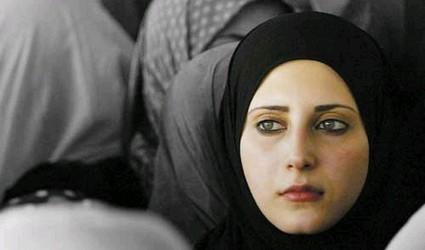 http://www.zawaj.com/articles/article_images/one-muslim-woman.jpg