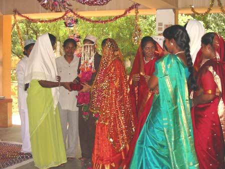 WEDDINGS 048
