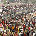 An overcrowded passenger train is seen in Dhaka, Bangladesh on December 8, 2008. Millions of residents in Dhaka had started the exodus home from the capital city ahead of the Muslim Eid al-Adha holiday, which marks the end of the Hajj. (REUTERS/Andrew Biraj)