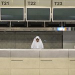 A Muslim woman from southern Thailand prays near check-in counters in the departure hall of Bangkok&#039;s Suvarnabhumi airport in Thailand on November 29, 2008. Hundreds of Thai Muslims on a once-in-a-lifetime pilgrimage to Mecca spent many nights sleeping rough at Bangkok&#039;s international airport, due to anti-government protests that had paralyzed air travel. (REUTERS/Adrees Latif)
