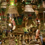 "An Egyptian family looks to buy a ""Fanus Ramadan"", a traditional lantern popular during Ramadan, at a shop in el-Sayeda Zaynab district of downtown Cairo, late August 28, 2008. (KHALED DESOUKI/AFP/Getty Images) #"