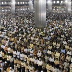 Indonesian men attend Friday prayer at Istiqlal mosque, the biggest in Southeast Asia, in Jakarta, Indonesia, Friday, Sept. 12, 2008. (AP Photo/Irwin Fedriansyah) #