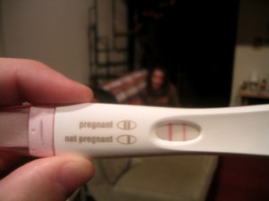 pregnancy test 300x225 %photo