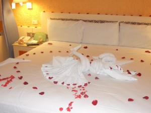wedding night bed 300x224 %photo