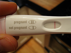 pregnancy test %photo