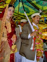 A couple at a Pakistani wedding