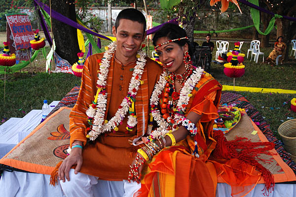 Bride and groom at a Bengali wedding