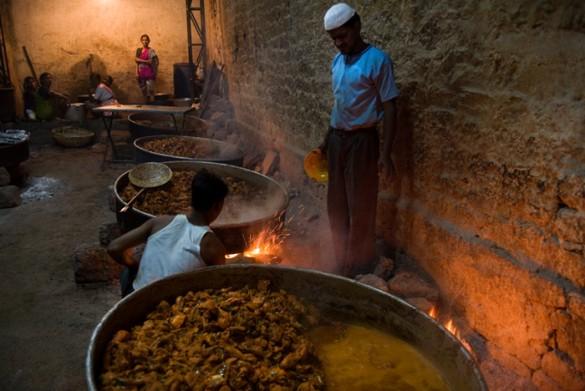 Cooking biryani before a wedding