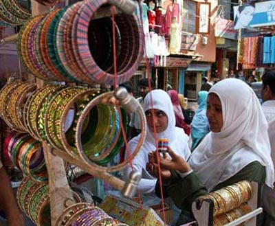 Shopping for Eid-ul-Fitr gifts in Old Hyderabad, India